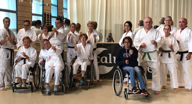 Fcl arts martiaux la section handi karat aux sourires for Fcl arts martiaux
